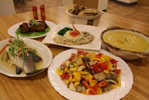 天主教聖馬爾定醫院設計6人份、6道菜的吉祥健康年菜,呼籲民眾重視高纖、低油、低鹽營養觀念。(圖片提供/天主教聖馬爾定醫院)