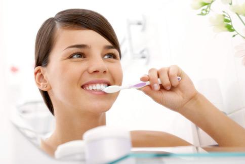一般人都自以為刷牙很乾淨,其實牙齒有一些死角不容易完全徹底清潔。