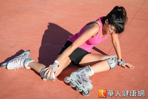 天氣炎熱,氣溫飆高,戶外運動要小心中暑。
