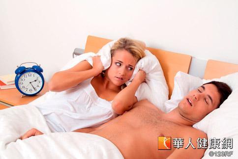 鼾聲大作不自知,卻總是干擾到另一半的睡眠,可能要正視是否有睡眠呼吸中止問題。