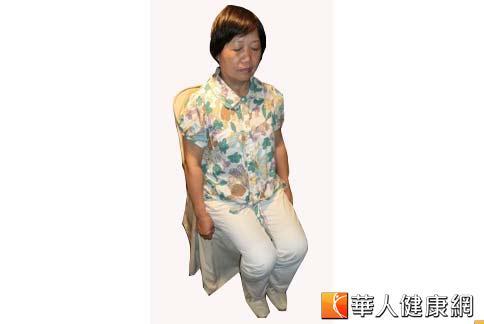 蕭姓婦人近年持續有間歇突發性肛痛,後來又出現便秘、大小便失禁,後來腸鏡檢查發現有瘜肉,接受手術切除並且進行「強化骨盤腔功能呼吸法」,症狀獲得改善。(攝影/張雅雯)