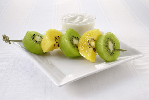 常見水果的營養密度排行榜,前三名皆為奇異果家族。(圖片提供/紐西蘭奇異果國際行銷公司)