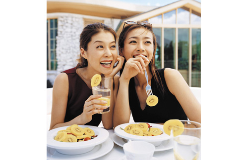 「圓頭」黃金奇異果給打破,營養密度值達到15.6,足足是蘋果的8倍之多。 (圖片提供/紐西蘭奇異果國際行銷公司)