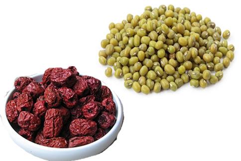 紅棗綠豆粥降低了綠豆本身的涼性,同時兼顧清熱消暑,適合夏天食用。(圖片/取材自維基百科)