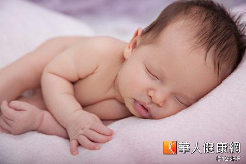 小兒疝氣即小兒腹股溝疝氣,俗稱「脫腸」,是小兒泌尿科手術中最常見的疾病。