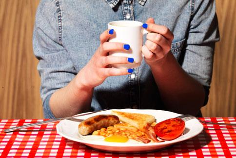 早餐不能不吃!榖片、全麥吐司或是歐姆蛋捲等是不錯的選擇。(圖片/取材自美國《時代》雜誌網站)