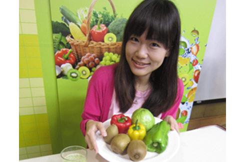 衛生福利部建議國人每日攝取三份蔬菜、兩份水果,才夠健康。(圖片提供/董氏基金會)