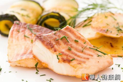 魚類含有豐富蛋白質,可補充癌症患者所需的營養素,促進肌肉生成,提供抗癌所需的體力和免疫力。