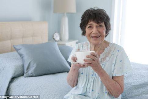 研究顯示1天喝2杯熱巧克力,有助於活化老人家腦部血管。(圖片/取材自每日郵報)