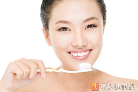 不刷牙才會有口臭?其實口臭的形成原因很多,不一定是沒刷牙造成。