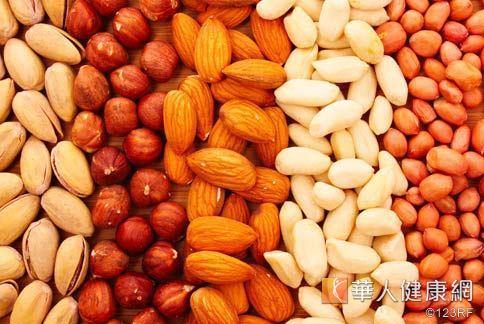 男生不可缺少的5大黃金食物,其中堅果含有Omega3即是其中一種代表。