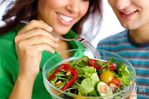 熱戀男女走入婚姻之前,透過食療瘦身,不僅健康無負擔,同時安全無副作用。
