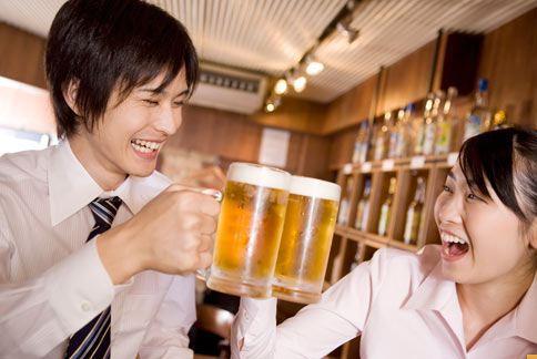 持續10年,每天喝1杯啤酒,罹患癌症的機率比正常人高出3倍。