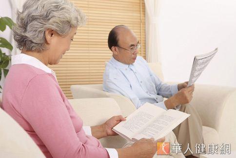濕性老年性黃斑部病變的病情變化常常來勢洶洶,若未及時治療,視力將可能快速惡化。