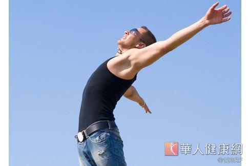 中醫師陳潮宗表示,而一般人認為「腰力好=性能力好=床上功夫好」,其實只說對了一半。