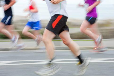 慢跑是近年來盛行的運動型態,研究指出對一般人來說並不會傷害關節,反而可以強化膝蓋軟骨。(圖片/取材自美國《華盛頓郵報》)