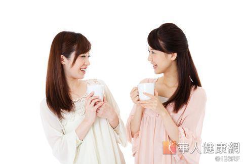 想要提升自體免疫力,不應吃過補的藥方,可依體質喝潤肺茶飲。