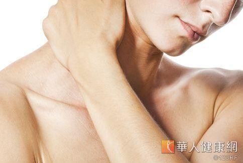 肌肉痠痛是身體慢性發炎常見的症狀之一。
