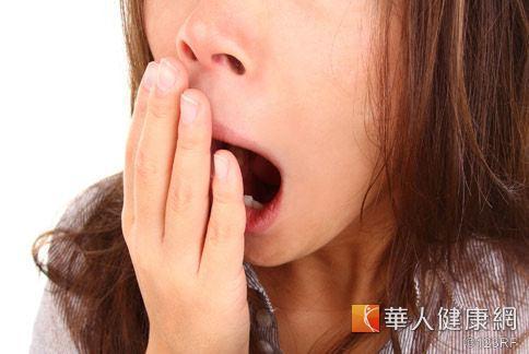 長期缺乏睡眠,除了嗜睡還會增加身體慢性發炎威脅。