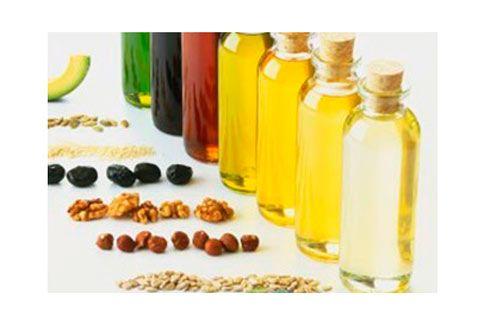 消費者要避免買到橄欖油混充品,仍須靠政府多把關。(圖片/取材自互動百科)