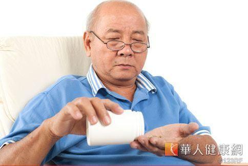 台灣人愛吃補,一年花在保健食品的錢高達900億,足足可以蓋1.5棟的台北101大樓。