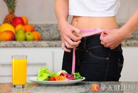 飲食的記錄在減重計畫中是很重要的一環,可以幫助你審視停滯期出現時的解決方法。
