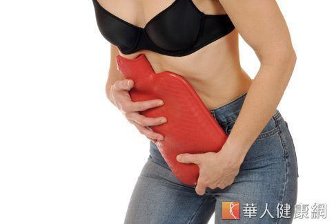 經期拉肚子很困擾,中醫師認為,經期間腹瀉的根本原因在於「脾虛溼盛」。