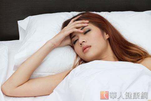 晚上夜夜失眠嗎?日常飲食也可能會影響你的睡眠品質。