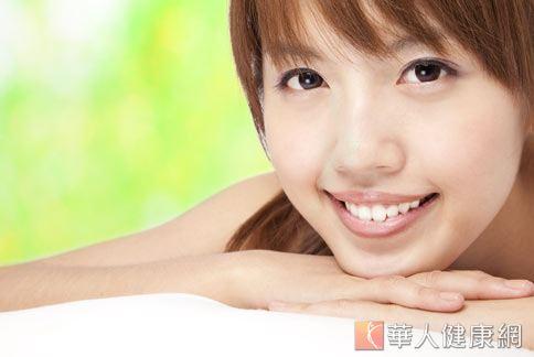 醫師認為,經常按摩三陰交穴和臉部穴位,可預防肌膚老化。