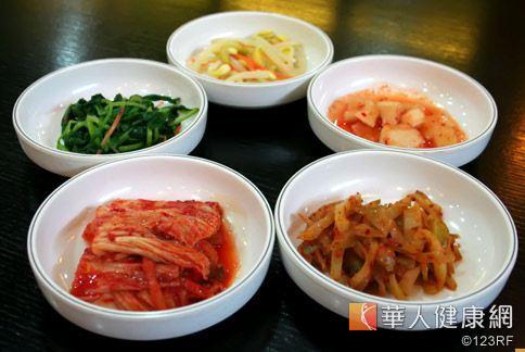 韓國料理有多種小菜,都是開胃又有膳食纖維的營養蔬菜。