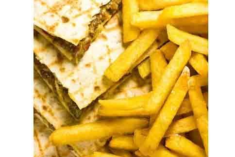 美國食品藥物管理局FDA近日再度建議民眾應減少攝取薯條與洋芋片,主要是這一些食物中都含毒性化學物質「丙烯醯胺」。