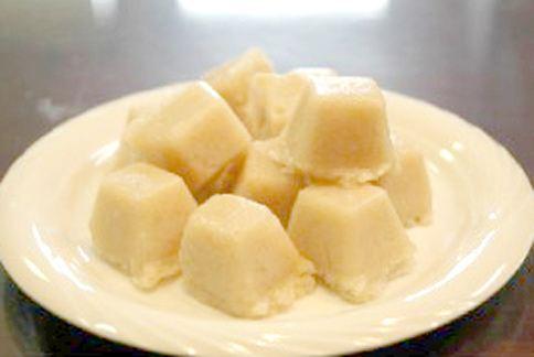 金針菇冰塊是今年在日本火紅的減肥方法,可以增加飽足感又低熱量。(圖片/取材自日本《美肌狂人》網站)
