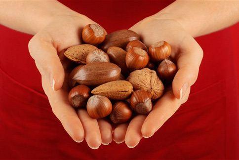 每天攝取1把堅果,有益心血管健康還不會變胖!(圖片/取材自英國《電訊報》)