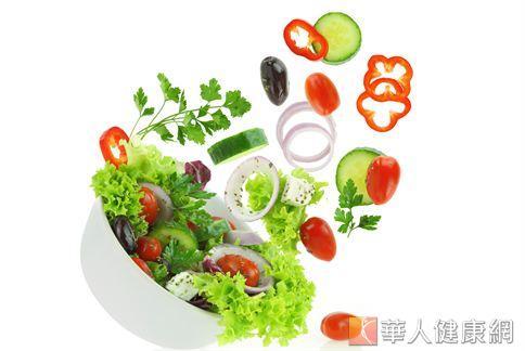 慎選適合的食材把握清淡原則,清腸日一定能貫徹執行,排掉多餘的宿便。