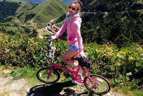 想要翹臀就騎腳踏車,怕曬黑的人可選擇夜晚騎乘。(圖/取自許維恩奇摩部落格)