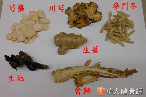 月經後吃薑母鴨進補,建議可以加入生芍藥、生地、當歸、川芎、麥門冬。(攝影/駱慧雯)