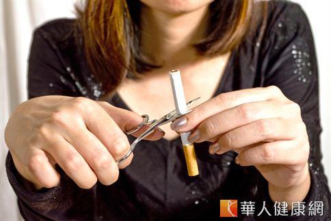 癮君子最常在星期一思考是否戒除菸癮的問題,項發現有助於提升戒菸活動的成效。
