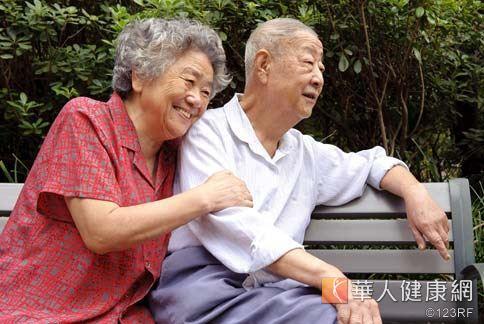 65歲以上老年人,有高達一半的人有腳抽筋不舒服的經驗。