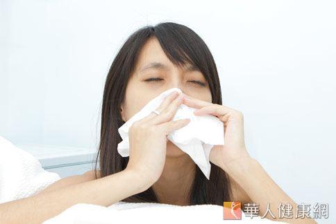 風寒型感冒患者建議可以試試生薑炒雞蛋這道食療偏方。