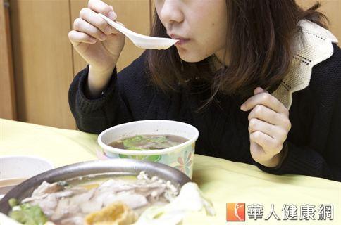 家常視寶湯,有增強老人免疫力、補肝益腎的作用,對老年人來說是養血明目的好選擇。