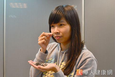 瓜子如果聞起來有異味、酸味,可能就是含有二氧化硫添加物。(攝影/洪毓琪)