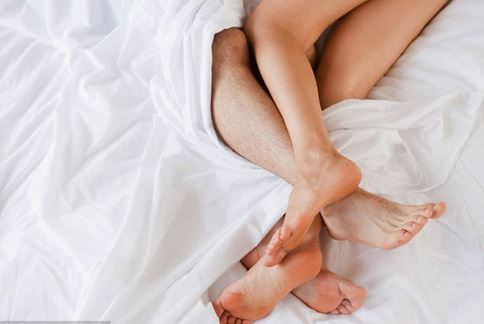性行為可以增加大腦神經元細胞生長,改善人的長期記憶力。(圖片/取材自英國《每日郵報》)