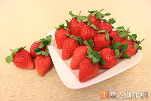 除了蘋果皮外,草莓、藍莓、蔓越莓等莓果類中,也含有熊果酸的成分。(圖片/本站資料畫面)