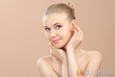 皺紋的生成與人體自然老化及日常作息息息相關,因此,要預防皺紋生成,應從調整日常作息做起。