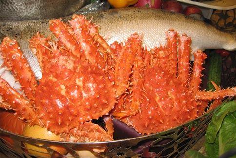 螃蟹、蝦子等海鮮,含有微量元素「硒」,幫助清除體內自由基,以及排出體內重金屬分子。