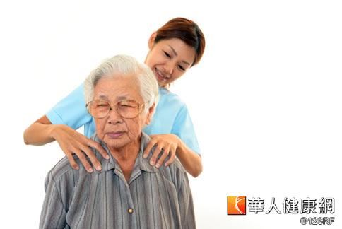 做子女的,除了注意家中長輩的身體健康外,也應多觀察長輩的情緒問題。