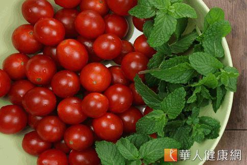 紅色蔬果中首推「番茄」最具有防癌功效。(攝影/江旻駿)
