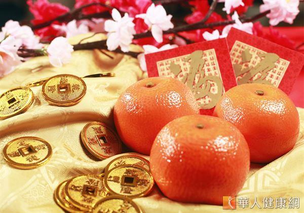 黃橙橙的橘子,不僅外觀鮮豔討喜,更有「大吉大利」的寓意,是過年最應景的吉祥水果!