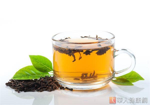 適度飲用桑葉茶,對於眼睛周遭血管神經有一定的保護作用,能降低眼部的發炎反應。
