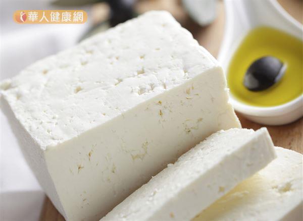 適量補充橄欖油和起司,有助於增加腸道好菌。